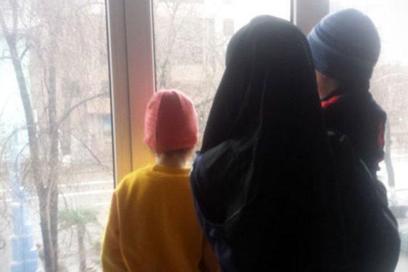 43歲的維族婦女瑪莉卡感到,被引渡回國的風險正變得越來越大。