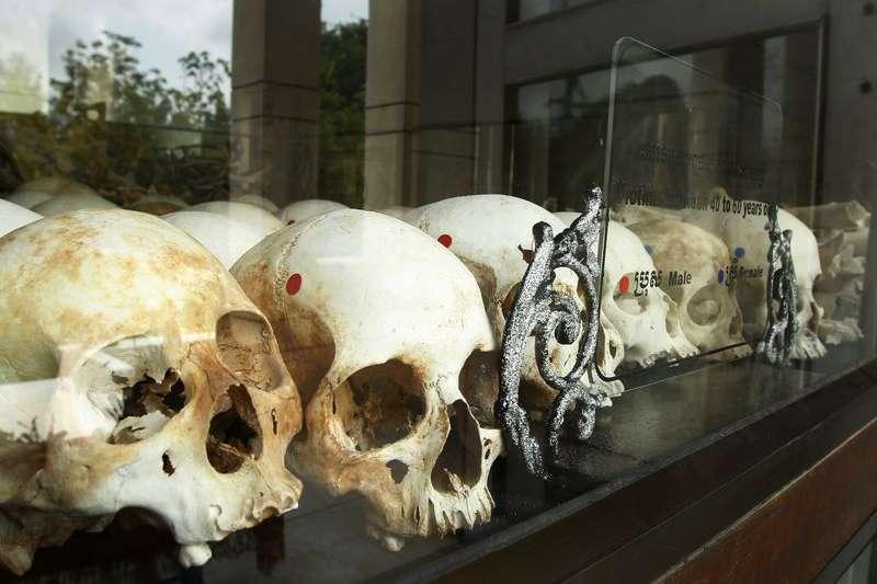 1970年代柬埔寨赤柬大屠殺的受難者(美聯社)