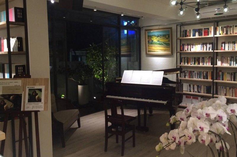是餐廳也是文化空間的青田藝集。(取自臉書)