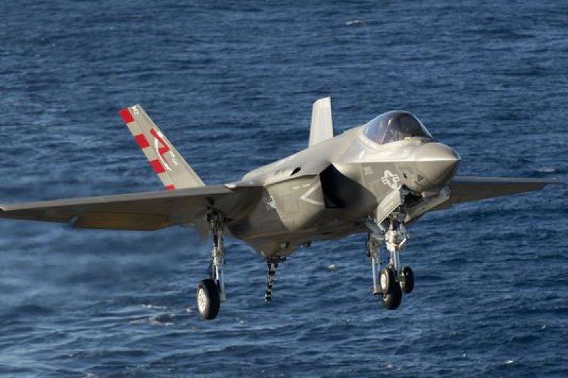 F-35C還沒正式服役,已被美國海軍部長宣告是末代載人戰機。(翻攝《海軍時報》)