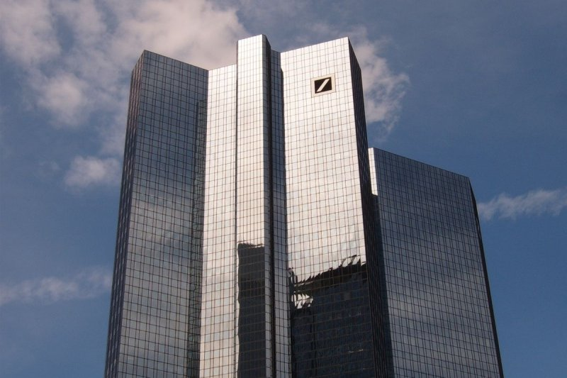 德意志銀行執行長索因,日前宣布採取一系列顯著改革措施以轉型,使得人們對近年國際金融市場動盪不安的情勢又生疑竇。
