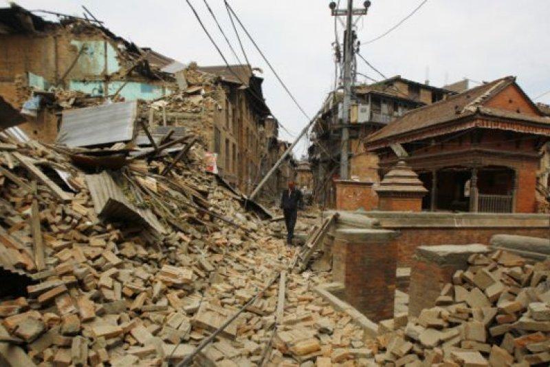 尼泊爾震災現場。