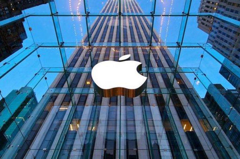 受到蘋果產品銷售不佳與陸客減少影響,國內商業景氣連5黃藍燈。
