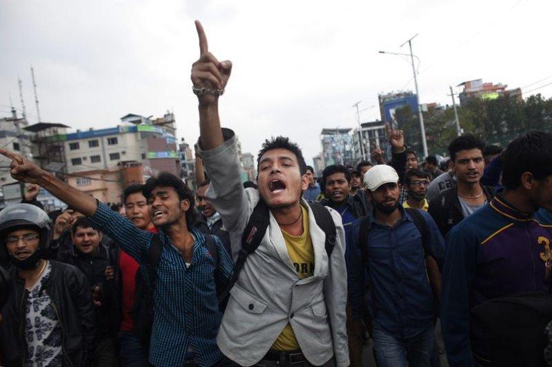 尼泊爾大地震,政府救災不力,引發示威抗議。