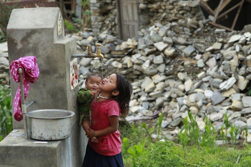 尼泊爾大地震,該國卻執著於「一個中國」,拒絕台灣參與救援。(圖片來源:美聯社)