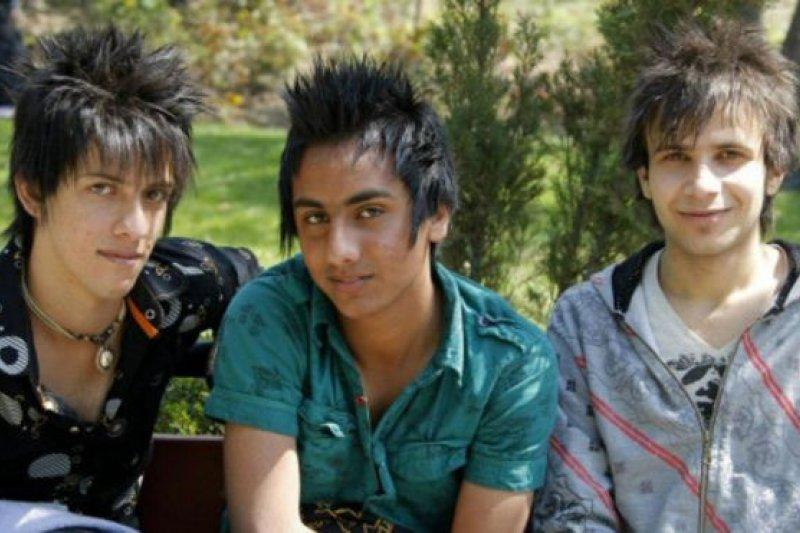 伊朗年輕人流行凸顯個性的「刺蝟頭」髮型。(BBC中文網)