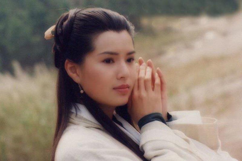 每次票選「最經典的小龍女」,李若彤都遙居第一。(圖/女人迷)