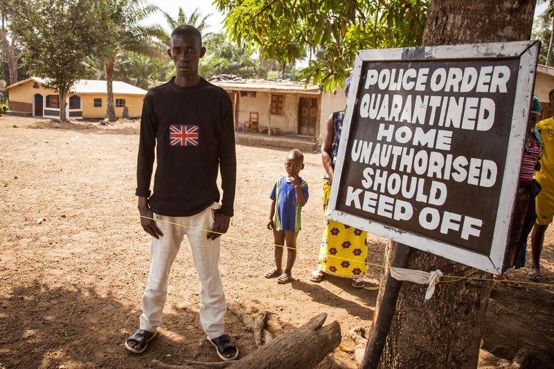 賴比瑞亞嚴格隔離遭伊波拉疫情入侵的社區(美聯社)