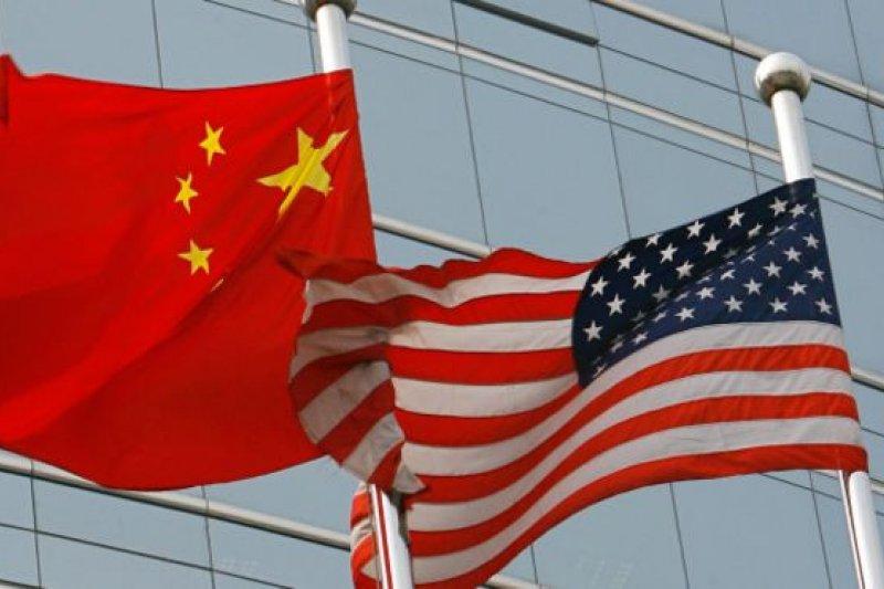 美國前高級官員表示:「事實上國與國之間總是彼此互相偵察的。」(BBC中文網)
