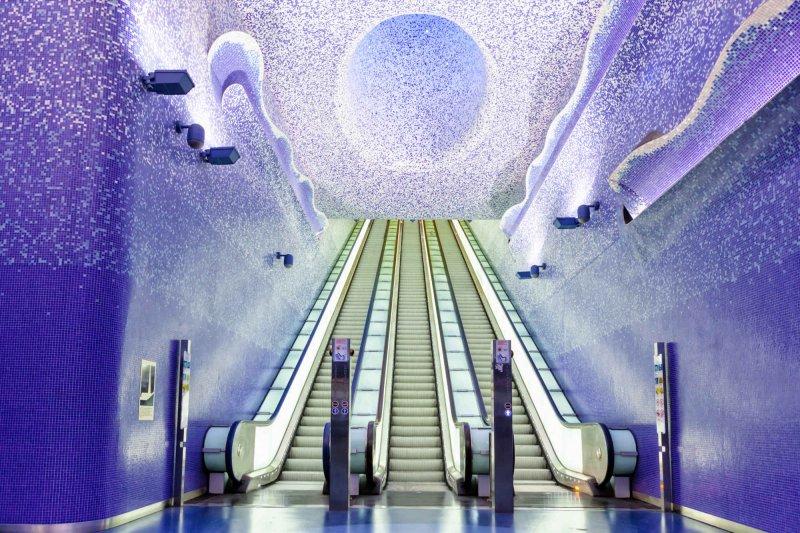 位於義大利如夢似幻的Toledo Station。(圖/flickr@Antonio Trogu)
