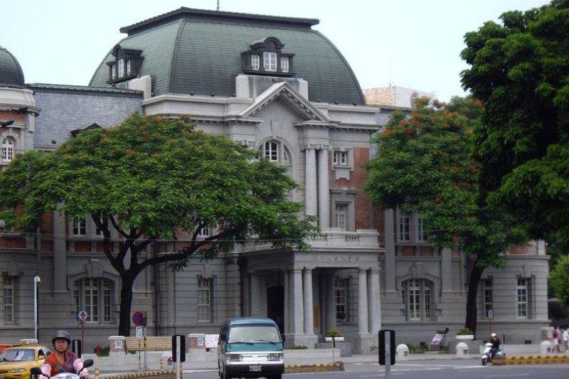 日治時期台南州廳所在的台灣文學館是最有規模的文學館。(阿文/維基百科)