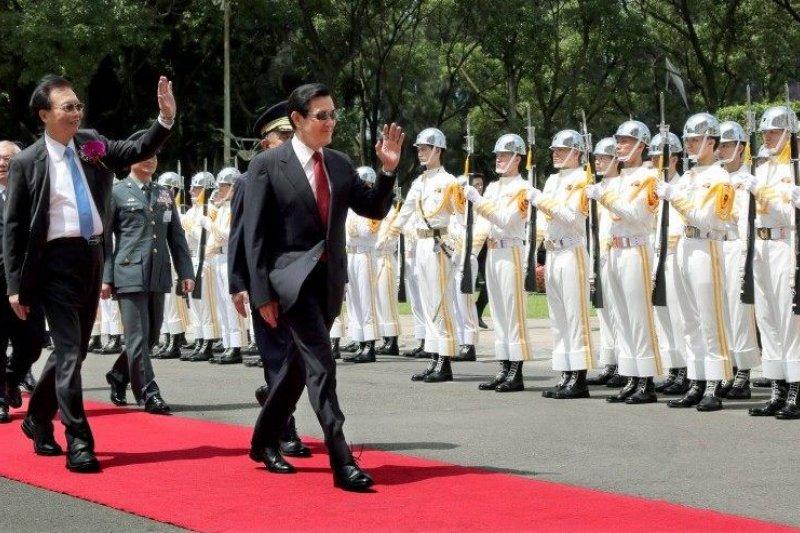 馬英九總統對任內安成績表示滿意,卻遭到網友吐槽。(圖為馬英九出席中央警察大學畢業典禮。/馬英九總統臉書)