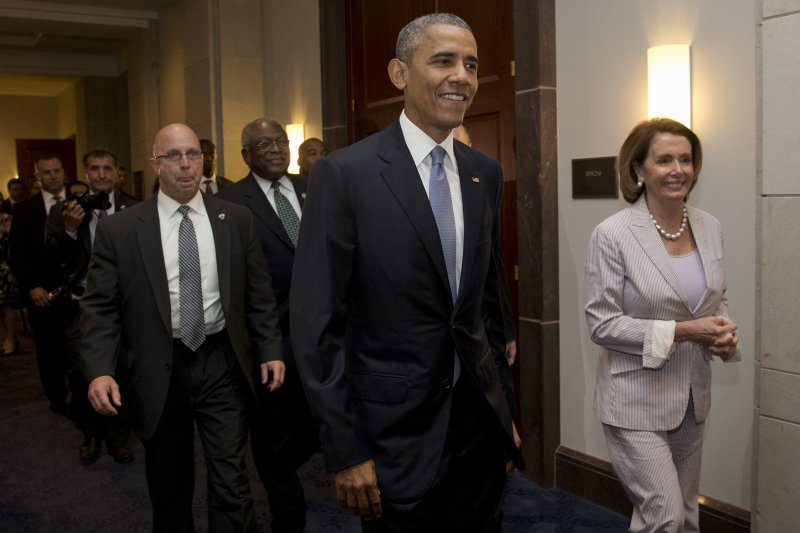 歐巴馬12日親赴國會山莊固樁,TPA依舊在眾院闖關失敗。(美聯社)