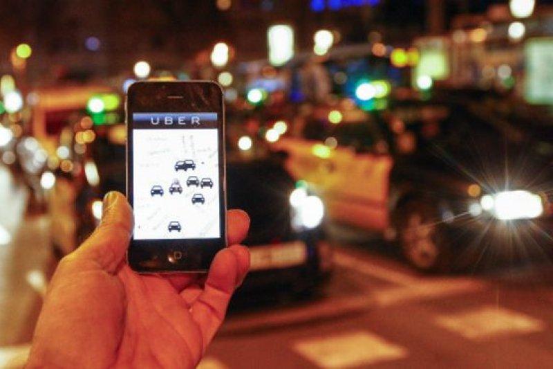 優步(Uber)在美國及全球的業務迅速擴大,但同時在世界多個地方均面臨與執法及監管部門的牴觸。(取自推特)