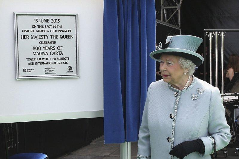 英女王伊莉莎白二世15日出席慶祝活動。(美聯社)