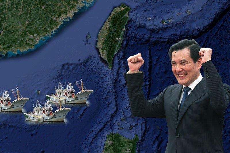 2013年10月談判至今的《台菲漁業事務執法合作協議》,最快可望在7月獲得進展,成為馬英九總統提出「南海和平倡議」之後,台灣在爭議海域的第1項具體成果。(取自Google map、海巡署網站、余志偉攝/影像合成:風傳媒)