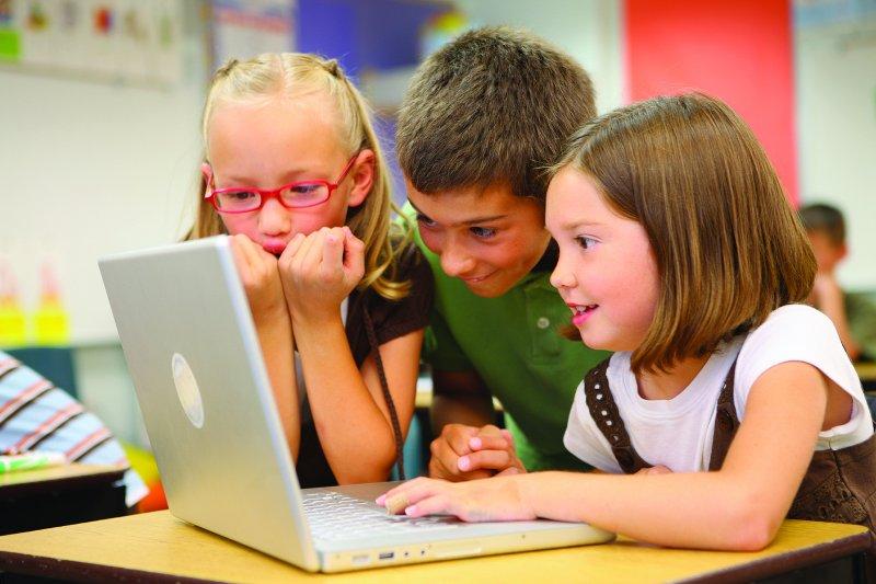 如何讓孩子自發地學習呢?(圖/LucéliaRibeiro@flickr)