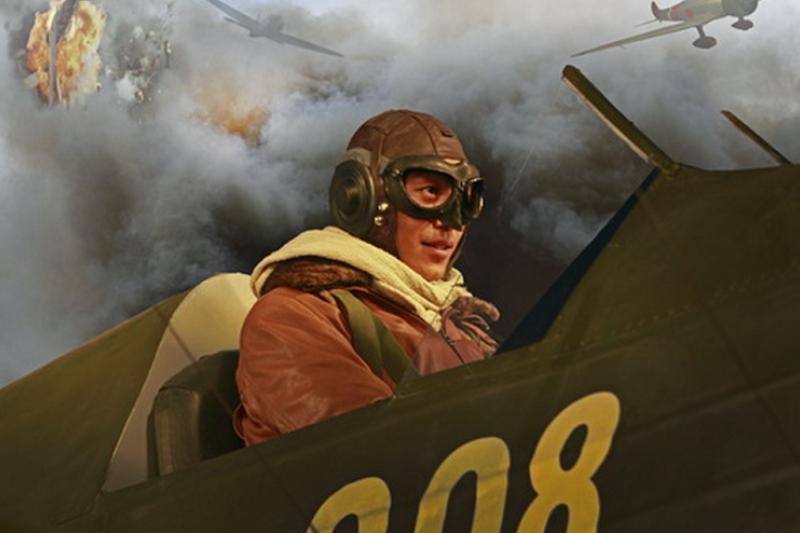 以高志航為故事的大陸電視劇《遠去的飛鷹》劇照。