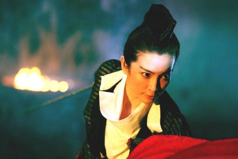 電影狄仁傑之通天帝國》中,上官婉兒被徐克「取消」了,改以上官靜兒替代。(李冰冰飾,劇照)