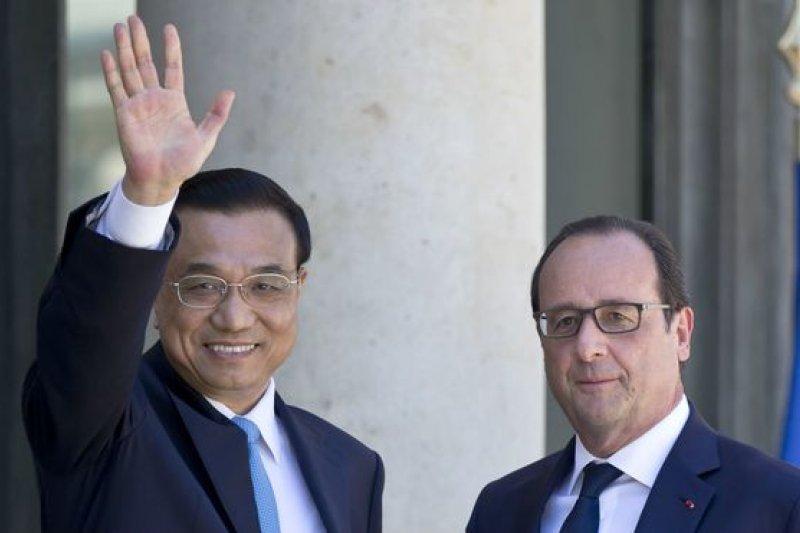 正在訪問法國的國務院總理李克強會晤法國總統奧朗德時宣佈,中國政府已制定應對氣候變化國家自主貢獻文件,並向聯合國提交。(BBC中文網)