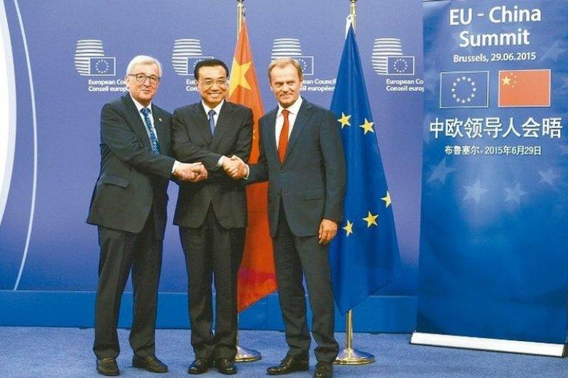 中國國務院總理李克強出席歐盟高峰會表示,希望希臘留在歐元區。(新華社)