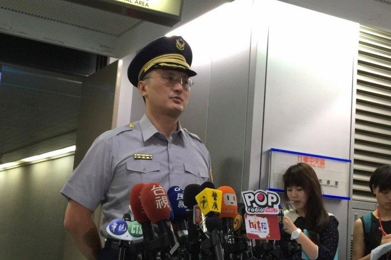 台北市遭人縱火,信義分局副分局長涂國卿出面說明。(台北市政府提供)
