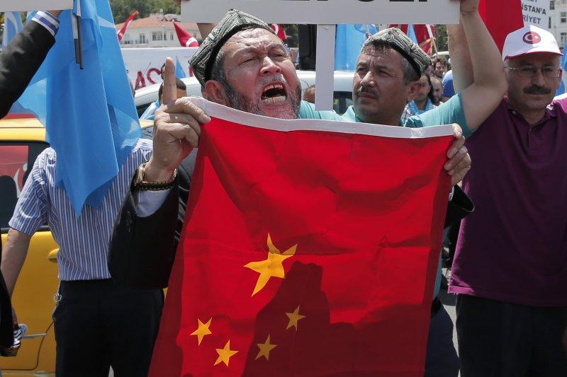 土耳其排華抗議。(美聯社)