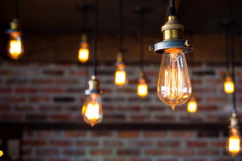 電燈泡的壽命背後竟然隱藏了驚人的商業機密(圖/flickr@Kenny Louie)