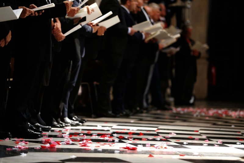 聖保羅大教堂7日舉行倫敦爆炸案10週年的儀式。(美聯社)