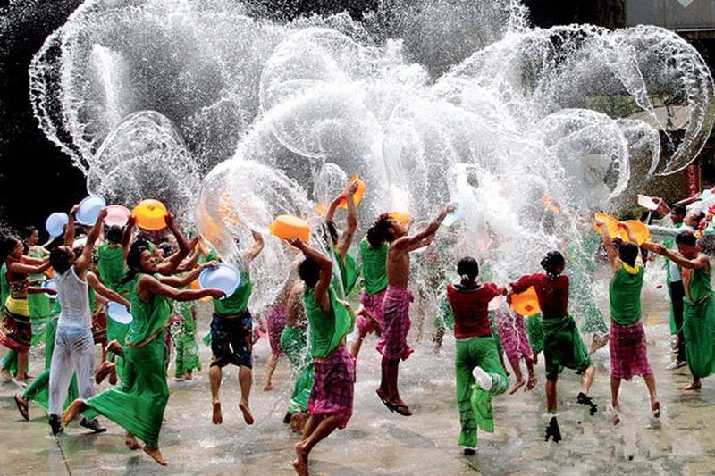 西雙版納傣族的潑水節(好搜百科)