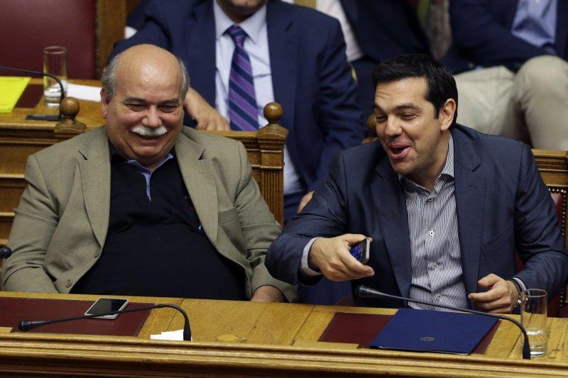 齊普拉斯在希臘國會。(美聯社)