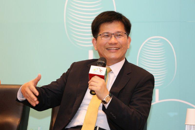 台中市長林佳龍9日出席無菸互動線上記者會時,卻出現失言狀況。(取自台中市政府)