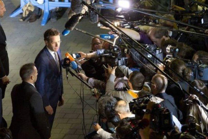 歐元區集團主席戴索布隆11日宣布,歐盟28會員國會議停開。(美聯社)