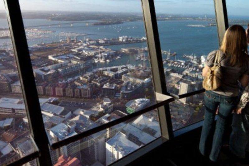 紐西蘭儲備銀行曾在5月份試圖為房市降溫,警告房地產泡沫將會對整個經濟造成巨大的風險。(BBC中文網)