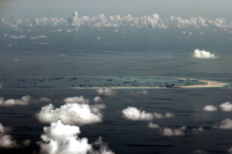 南海南沙群島的美濟島(Mischief Reef)(美聯社)