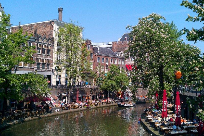 荷蘭政府明年1月起將在烏特列支市(Utrecht)進行一項社會實驗(圖/Taco Witte@flickr)