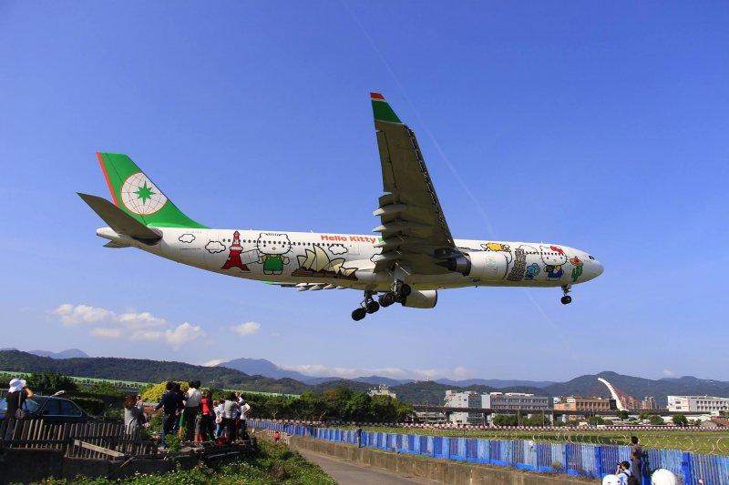 台灣金門往返機票一票難求,2016年1月12日晚間6點至8點開放第二階段訂位作業。(網友提供)
