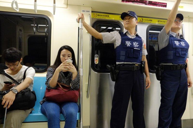 捷運隨機殺人事件震驚社會,監察院8日表示,針對調查捷運隨機殺人案,持續追蹤改善情形。(資料照,美聯社)