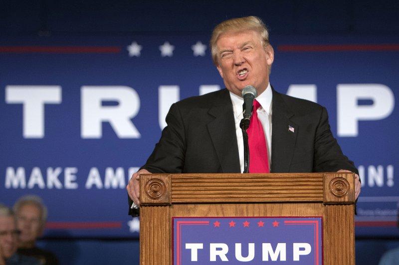 川普全面穆斯林入境的言論雖然荒謬,但美國政府對於穆斯林的入境管制似乎確實日益緊縮—而且粗暴。(美聯社)