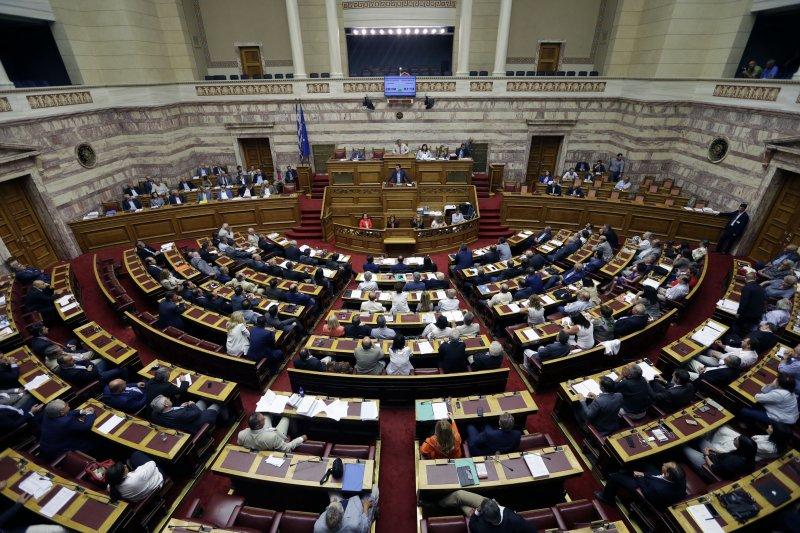希臘國會通過第二波改革方案。(美聯社)