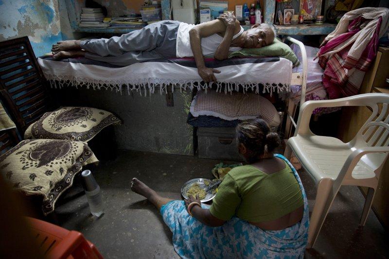 醫藥巴巴(Baba)翁卡納斯(Omkarnath)和老伴(美聯社)