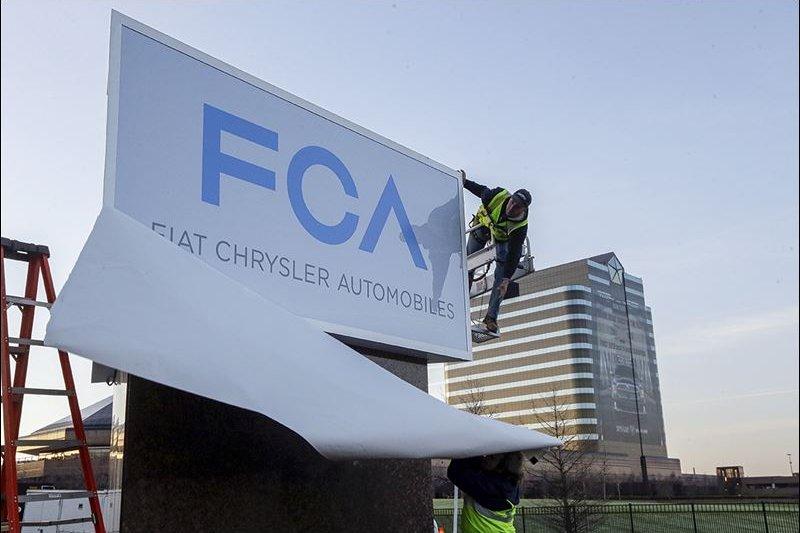 飛雅特克萊斯勒(FIAT CHRYSLER)召回140萬輛汽車,更新軟體系統。(美聯社)