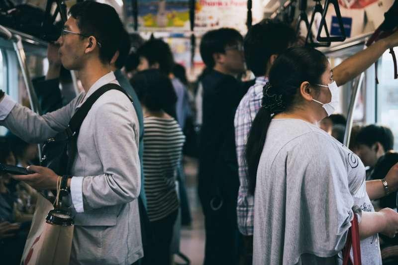 日本通勤族票選,這種行為最惱人!(圖/Taichiro_Ueki@flickr)