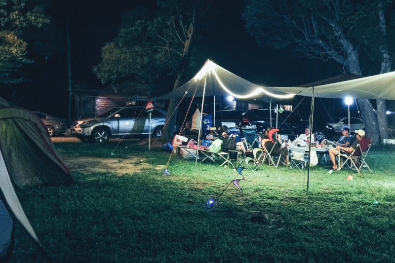 露營中圍爐夜話的時間,是我最喜愛的時光。