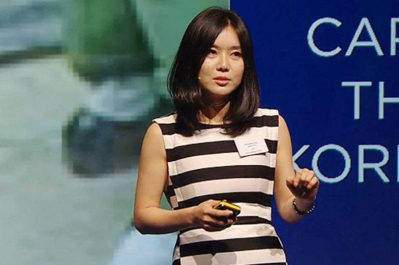 李晛瑞勇敢的挺身而出,利用演說和寫書向全世界分享她身為脫北者的人生故事。(圖/Hyeonseo Lee@facebook)