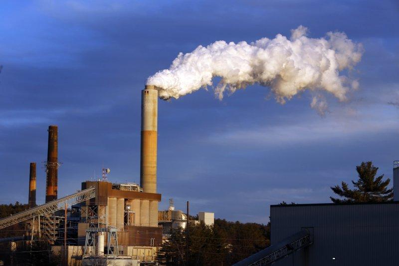 工業文明帶來了全球暖化,美國有40%的電力來自燃煤發電廠。(資料照片,美聯社)