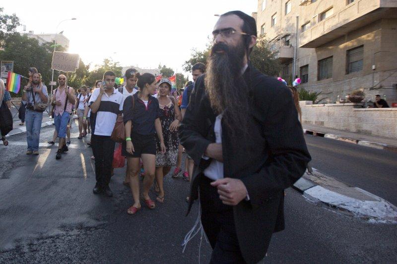 猶太教極端正統派狂徒史力塞爾(Yishai Schlissel)在耶路撒冷的同志遊行上行凶(美聯社)