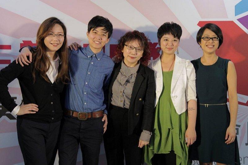 社會民主黨五位女性立委擬參選人。(取自社會民主黨臉書)