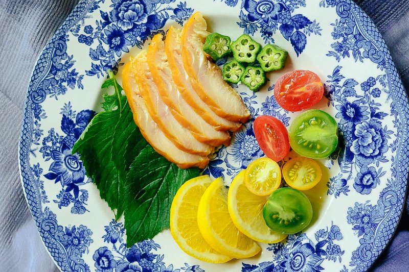 吃沙拉代餐真的比較容易瘦嗎?小心醬汁其實是隱藏殺手(圖/flickr@EndlessJune)