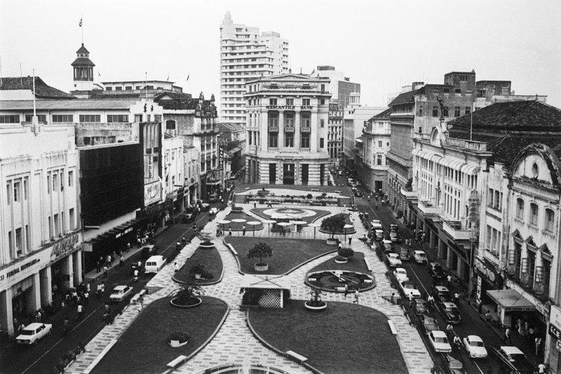 新加坡,1968年1月的萊佛士坊(Raffles Place)(美聯社)